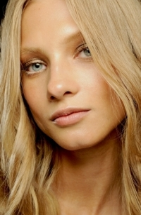 Spring/Summer 2011 Hairstyles Trends – Hot Wavy Hair