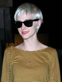 Ashlee Simpson Wentz's New White Blonde Pixie Haircut