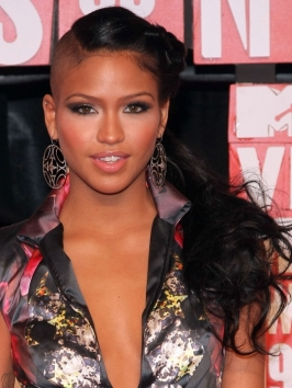 Pictures Cassie Hairstyles Cassie S Hairstyle At The 2009 Mtv Vmas