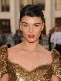 Former Plus Size Model Crystal Renn Explains Weight Loss