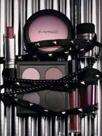 Daphne Guinness for MAC Makeup Collection
