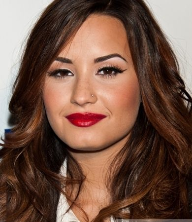 Demi Lovato Red Lip Makeup