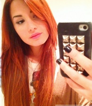Demi Lovato New Red Hair Color