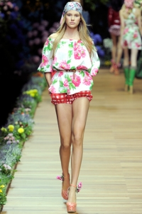 Spring/Summer 2011 Casual-Chic Fashion Trends