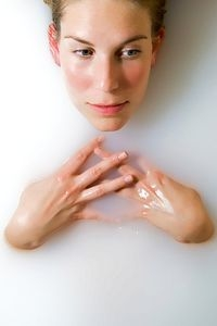 Natural Moisturizers for Dry Skin