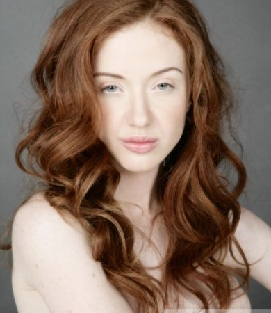 Romantic Long Red Hair Style