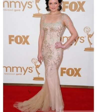 Elizabeth Moss in Marchesa Embroidered Gown