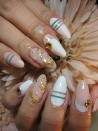 Flirty Spring Nail Art Ideas