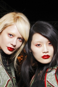 Fall 2010 Statement Lips Makeup