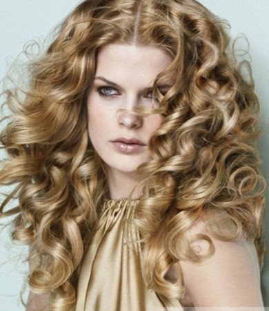 Sophisticated Long Curly Hair Style