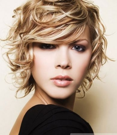 Soft Curly Hair Style
