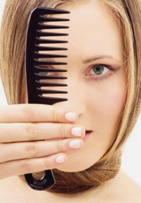 How to Combat Frizzy Hair