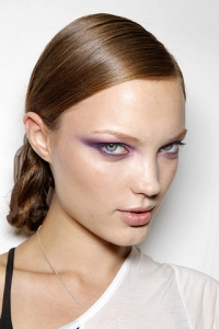 Spring/Summer 2011 Makeup Trends – Bright Eyes