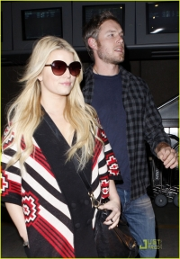 Jessica Simpson Engaged to Eric Johnson