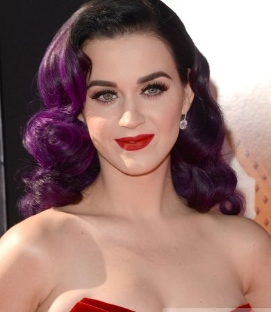 Katy Perry's Retro Curls Hairstyle