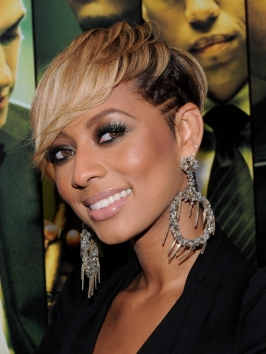 Keri Hilson Short Hairstyle with Undercut