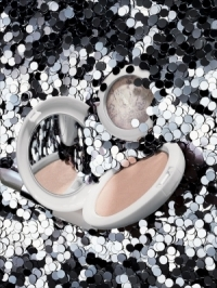 MAC Glitter & Ice Holiday 2011 Makeup Collection