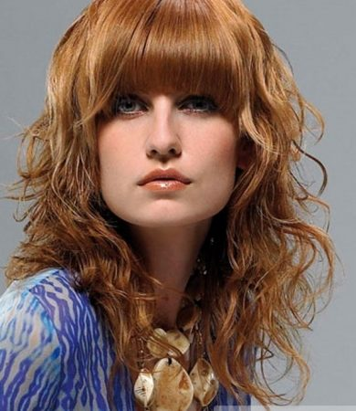 Red Wavy Hair Style