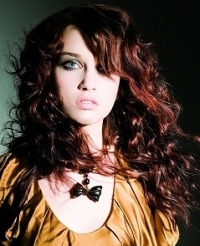 Messy Glam Rock Curly Hair Styles