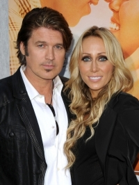 Billy Ray Cyrus Calls Off Divorce