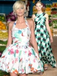 Moschino Cheap & Chic Spring 2012 – Milan Fashion Week