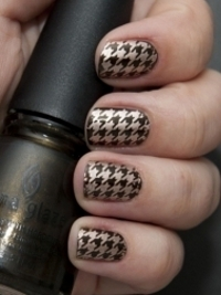 Trendy and Simple Nail Art Designs