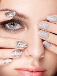 Nails Inc Bling It On Feathers Manicure Kit