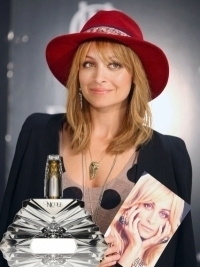 Nicole Richie Launches First Fragrance