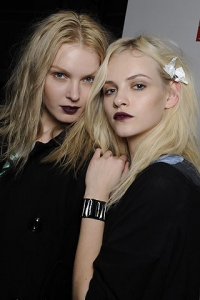 Fall 2010 Gothic Lips Makeup Trend