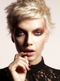 Sexiest Short Haircuts Winter 2012