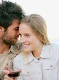7 Common Signs He Likes You