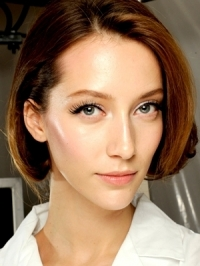 Fresh Face Makeup Looks for Spring 2012