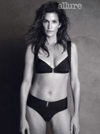 Supermodels Share Beauty and Diet Tips With Allure Magazine