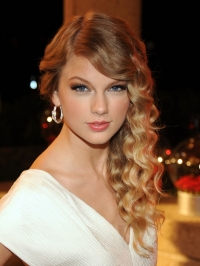 Taylor Swift to Launch Her Own Fragrance