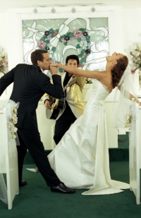 How to Deal With Pre Wedding Stress