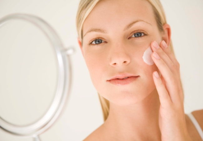Best Face Moisturizer for Dry Skin and Other Remedies for Dry Skin on Face