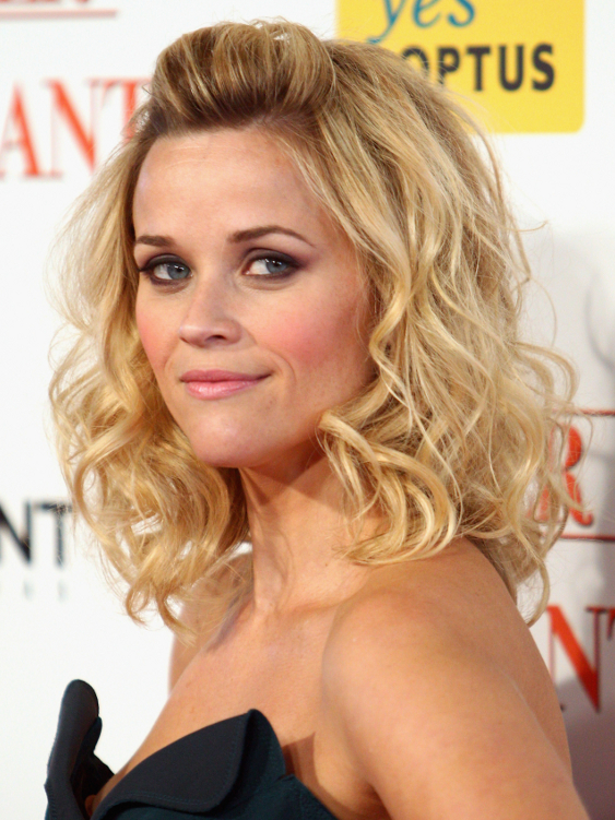 Reese Witherspoon Curly Hairstyle
