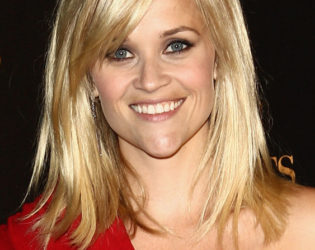 Reese Witherspoon Layered Hairstyle With Bangs