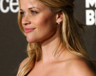 Reese Witherspoon Straight Half Up Hairstyle