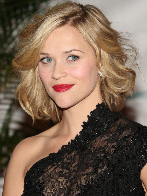 Reese Witherspoon Wavy Bob Hairstyle