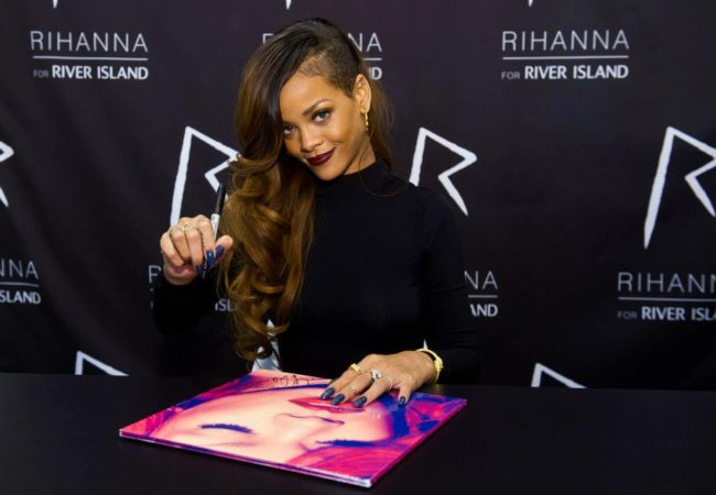 Rihanna Unveils Her New Summer 2013 Collection for River Island
