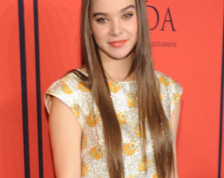 Hailee Steinfeld Cfda Awards 2013 Hairstyle