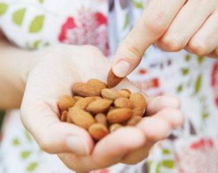 Almonds Rich In Monosaturated Fats