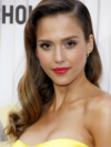 Jessica Alba Caramel Blonde Hair Color