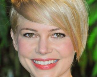 Michelle Williams Grown Pixie Look