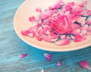 Rose Water Against Whiteheads