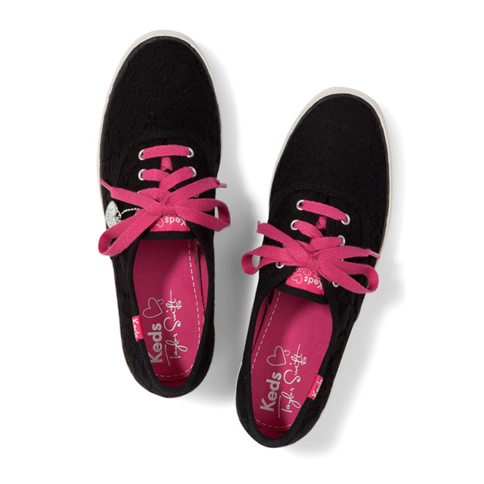 Taylor Swift For Keds 2013 Sneakers Look  4
