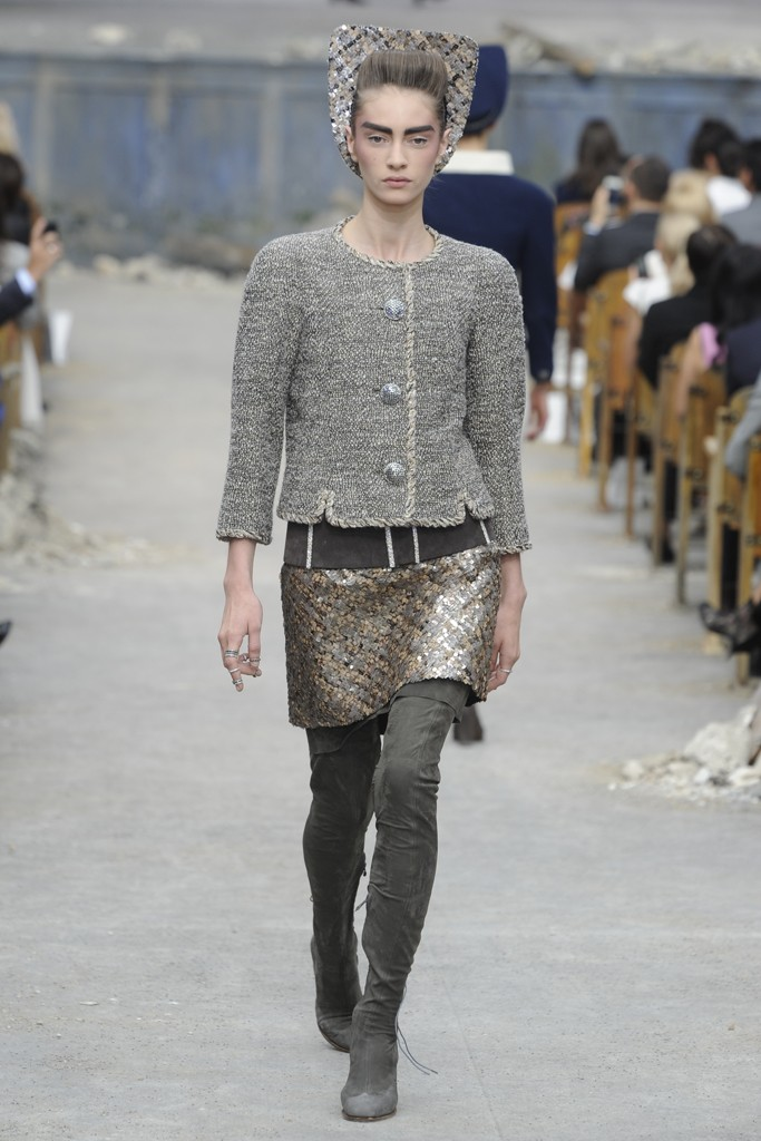 Chanel Couture Fall 2013 Look 10