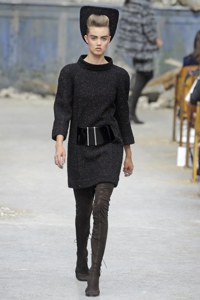 Chanel Couture Fall 2013 Look 14
