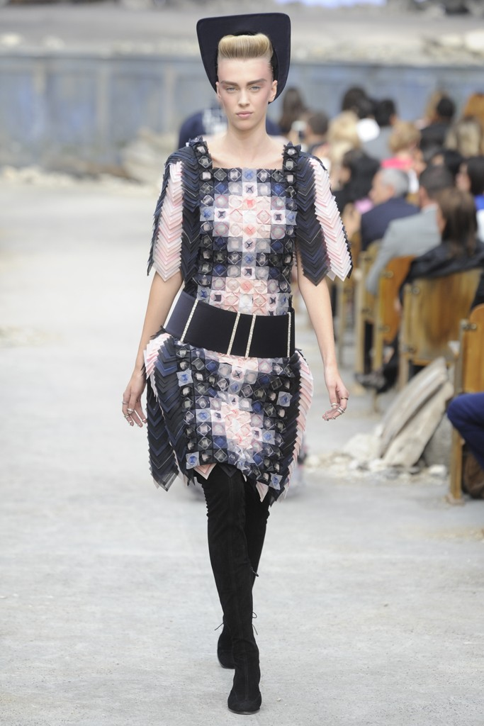 Chanel Couture Fall 2013 Look 53